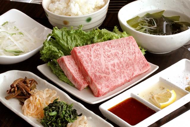 焼肉 琉球の牛 那覇国際通り店