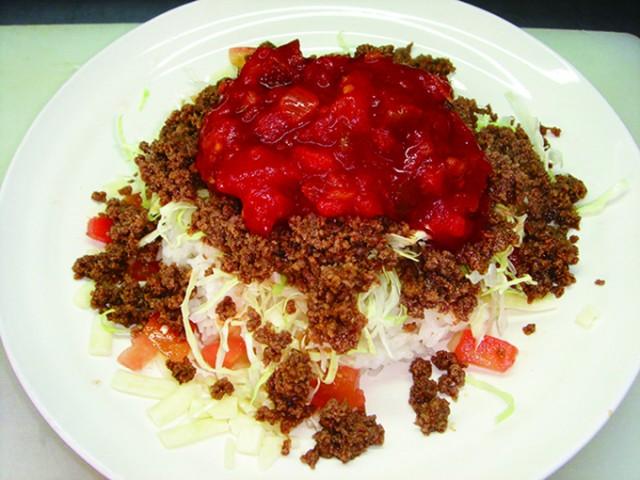 沖縄グルメ、タコライスといえば 一度は食べてみたいと思いますよね☆