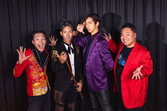 「笑い」と「感動」のマジックショーをお楽しみください! ぜひ「マジックオーシャンで」お会いしましょう!